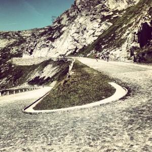 Kilometers lang steentjes op de Gotthard Pass